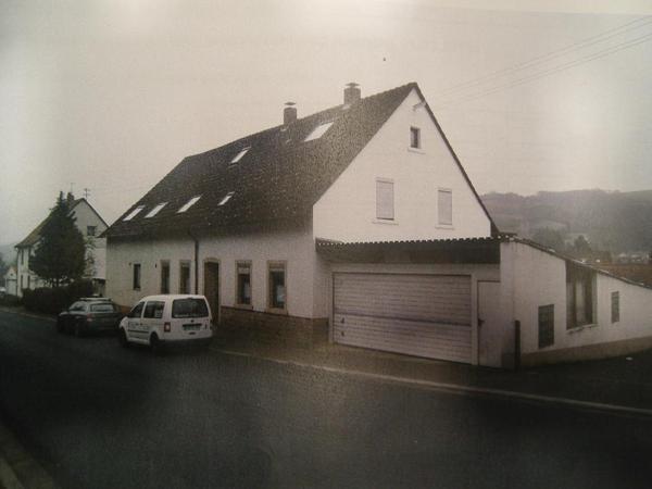 haus mit gro er garage zu verkaufen in odenbach mehr. Black Bedroom Furniture Sets. Home Design Ideas