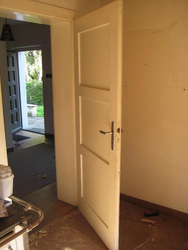 Haust ren zu verschenken in mainburg biete kostenlos for Fenster zu verschenken