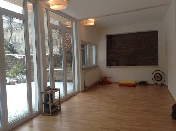 Heller raum in ehrenfeld f r yoga seminare und coachings for Heller raum
