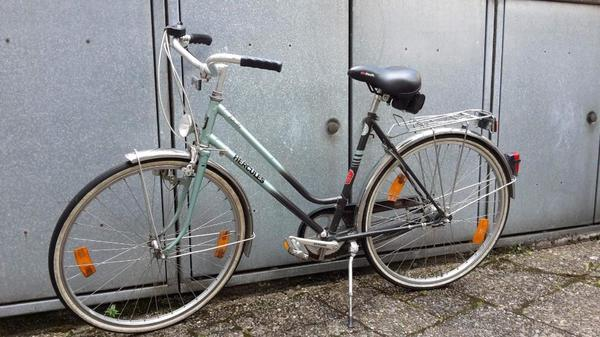 damen sport fahrrad kaufen gebraucht und g nstig. Black Bedroom Furniture Sets. Home Design Ideas