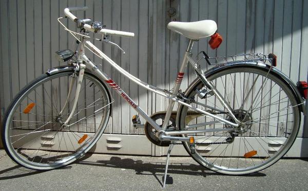 hercules sportrad rennrad damen fahrrad 28 39 5gang in. Black Bedroom Furniture Sets. Home Design Ideas