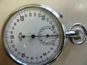 Heuer Stoppuhr Rattrapante Hochfrequenzschwinger um 1930 Verkaufe eine Heuer Stoppuhr Schleppzeigerchronograph (Rattrapante) Hochfrequenzschwinger Bj. ca. ... 950,- D-84180Loiching Gestern, Loiching - Heuer Stoppuhr Rattrapante Hochfrequenzschwinger um 1930 Verkaufe eine Heuer Stoppuhr Schleppzeigerchronograph (Rattrapante) Hochfrequenzschwinger Bj. ca