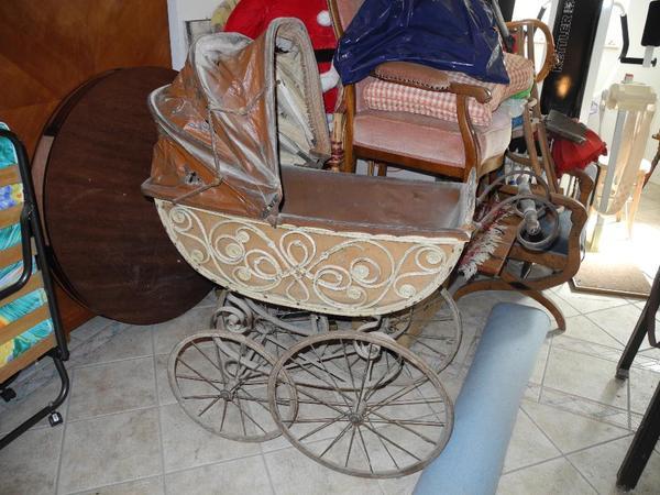 historischer antiker kinderwagen zum restaurieren gute basis komplett in bad. Black Bedroom Furniture Sets. Home Design Ideas