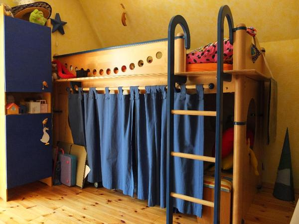 Jugendzimmer madchen komplett mit hochbett haus design - Komplett kinderzimmer madchen ...
