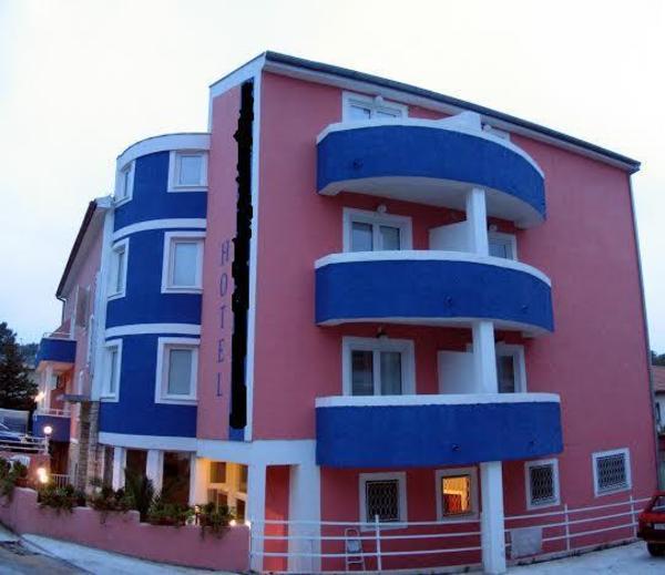 hotel zu verkaufen pula kroatien in f rstenfeldbruck gastronomie hotels kaufen und. Black Bedroom Furniture Sets. Home Design Ideas