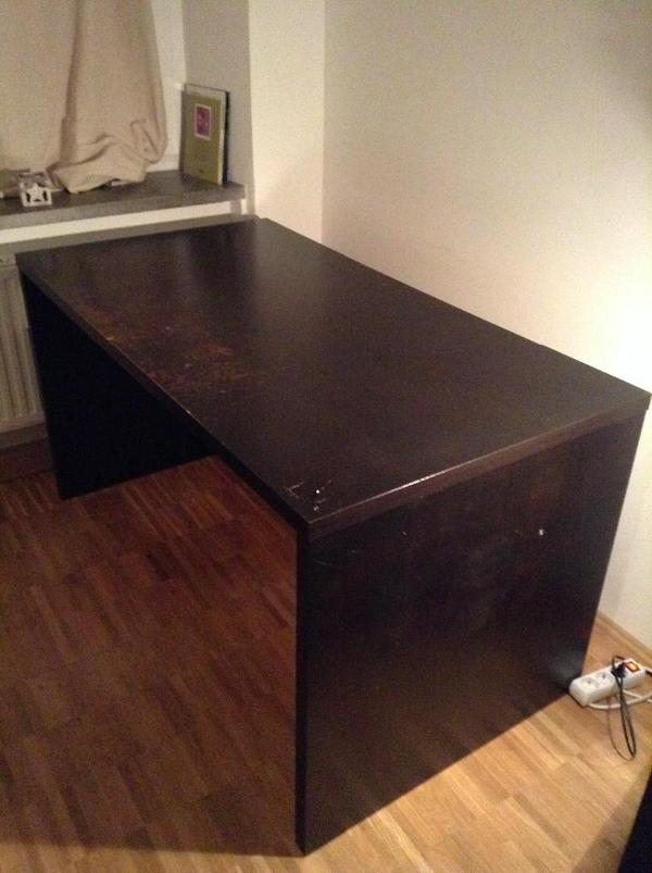 malm schreibtisch neu und gebraucht kaufen bei. Black Bedroom Furniture Sets. Home Design Ideas