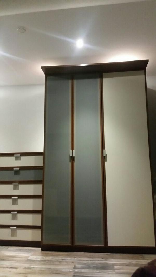pax ikea kleinanzeigen schr nke vitrinen. Black Bedroom Furniture Sets. Home Design Ideas