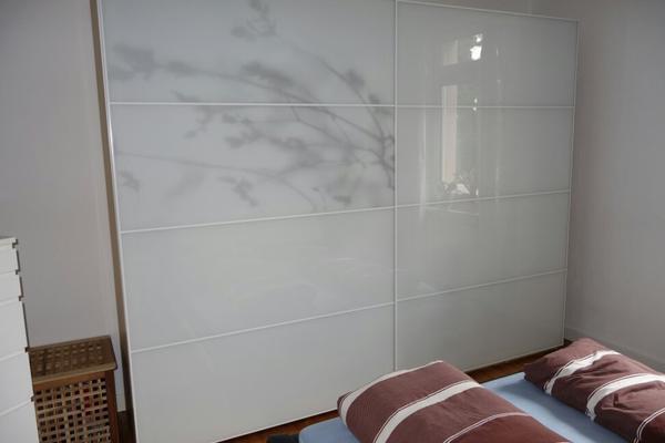 ich biete hier zwei sehr gut erhaltene ikea tonnes schiebet ren f r einen 3 m breiten pax. Black Bedroom Furniture Sets. Home Design Ideas