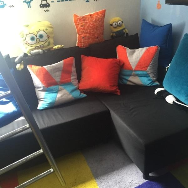 betten holzbalken. Black Bedroom Furniture Sets. Home Design Ideas