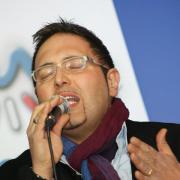 Italienischer Alleinunterhalter Ginopianobar