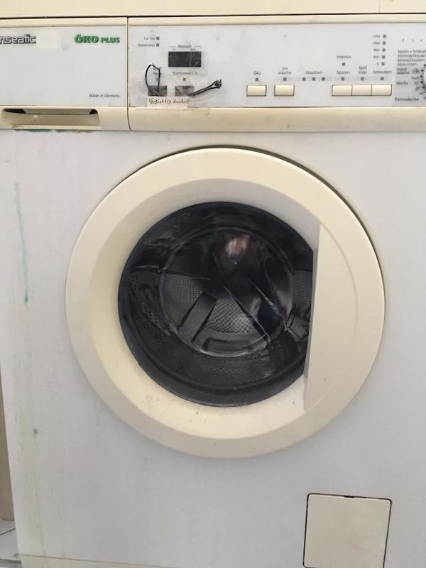 kaputte waschmaschine f r bastler in karlsruhe waschmaschinen kaufen und verkaufen ber. Black Bedroom Furniture Sets. Home Design Ideas