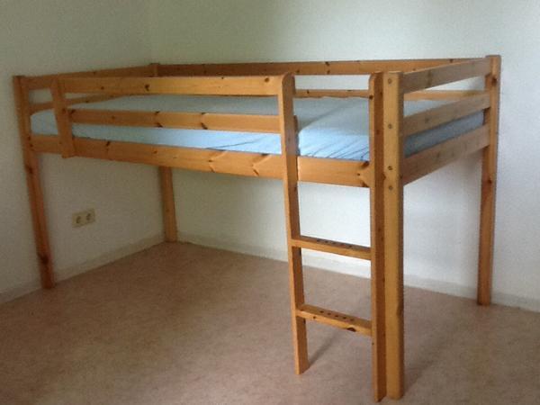 kinder hochbett aus metall mit rutsche pictures. Black Bedroom Furniture Sets. Home Design Ideas