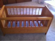 Kinderbett / Holz / massiv!