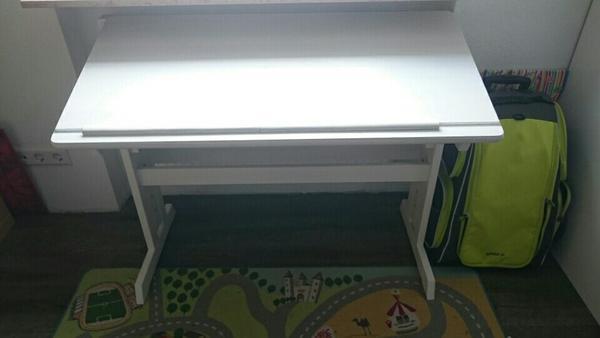 kinder schreibtisch neu und gebraucht kaufen bei. Black Bedroom Furniture Sets. Home Design Ideas