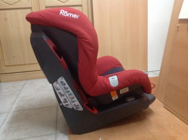 kindersitz r mer safefix plus rot schwarz in m nchen autositze kaufen und verkaufen ber. Black Bedroom Furniture Sets. Home Design Ideas