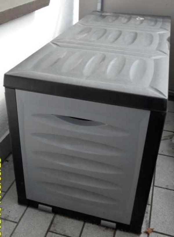 kiste aus kunststoff auflagenbox ohne inhalt in witten gartenm bel kaufen und verkaufen. Black Bedroom Furniture Sets. Home Design Ideas