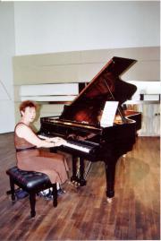 Klavier spielen lernen!