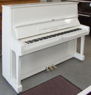 Klavier Yamaha U2