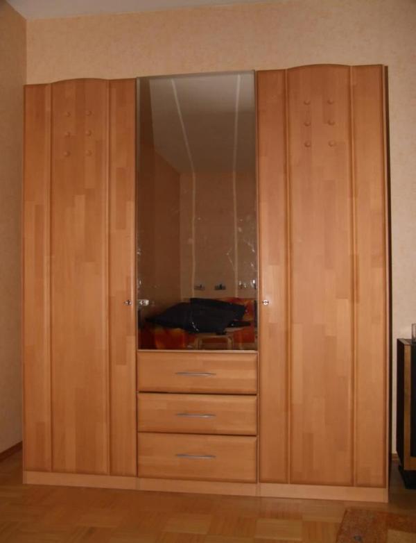 kleiderschrank buche teilmassiv neuwertig in mainhausen schr nke sonstige schlafzimmerm bel. Black Bedroom Furniture Sets. Home Design Ideas