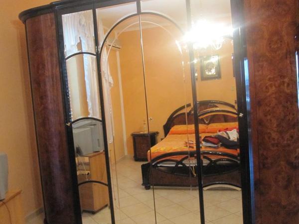 kleiderschrank masetti italienische marke in k ln. Black Bedroom Furniture Sets. Home Design Ideas