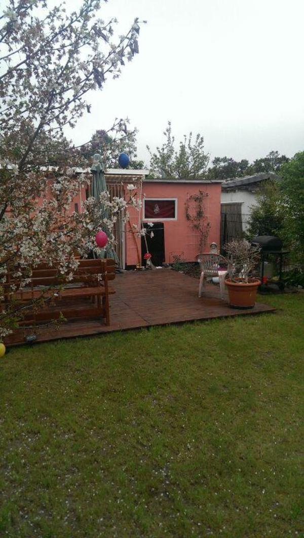 kleingarten in kga mit laube in berlin vermietung schreberg rten lauben kaufen und verkaufen. Black Bedroom Furniture Sets. Home Design Ideas