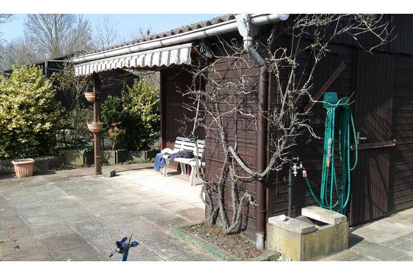 kleingarten schrebergarten zu verkaufen d sseldorf. Black Bedroom Furniture Sets. Home Design Ideas