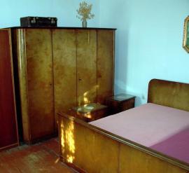 zu verkaufen. Black Bedroom Furniture Sets. Home Design Ideas