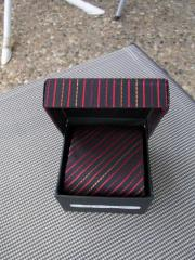 Krawatte schwarz rot