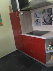 Küche rot Hochglanz