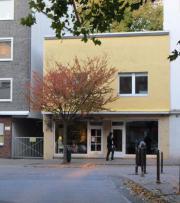 LADEN Altenessen Johanniskirchplatz /