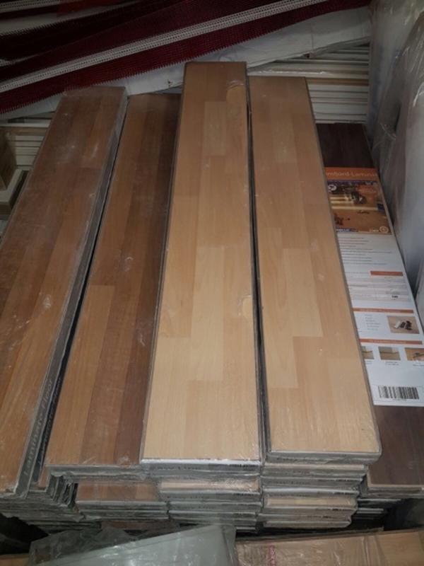 laminatboden in leimen sonstiges material f r den hausbau kaufen und verkaufen ber private. Black Bedroom Furniture Sets. Home Design Ideas