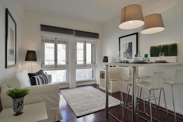 leben in der altstadt 2 zimmer wohnung sch ne und. Black Bedroom Furniture Sets. Home Design Ideas