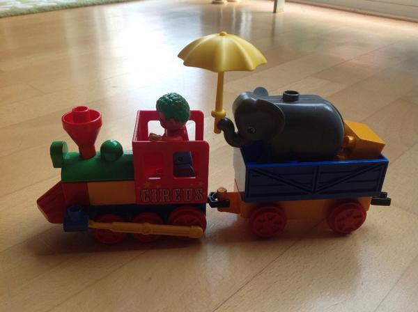 lego duplo zirkuswagen zirkus zug in freinsheim spielzeug lego playmobil kaufen und. Black Bedroom Furniture Sets. Home Design Ideas