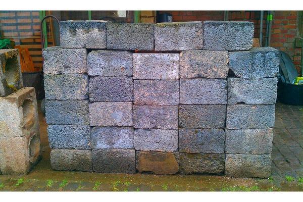 leicht beton hohl block steine in schaafheim sonstiges material f r den hausbau kaufen und. Black Bedroom Furniture Sets. Home Design Ideas