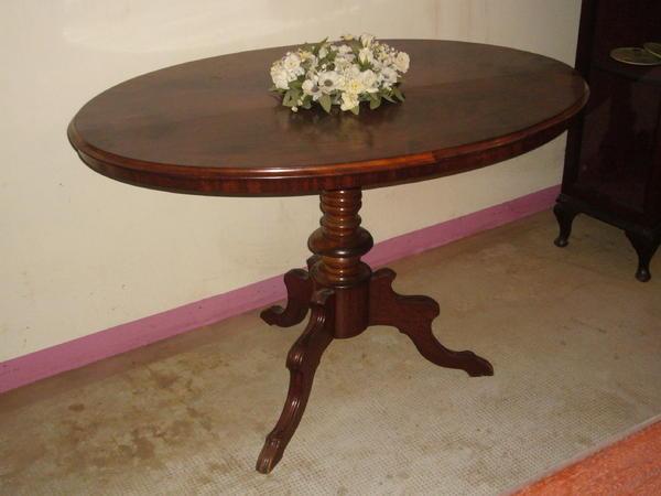 Louis philippe tisch oval mit spiegelfurnierbild um 1855 - Tisch oval weiay ...