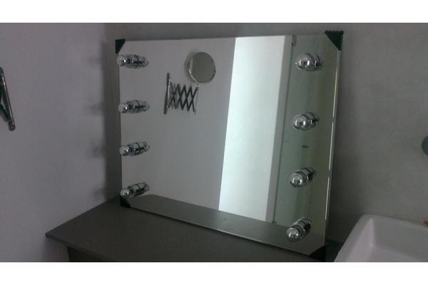luxus spiegel mit beleuchtung neu in m nchen designerm bel klassiker kaufen und verkaufen. Black Bedroom Furniture Sets. Home Design Ideas