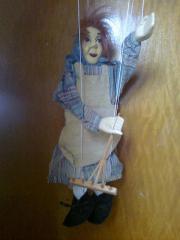Marionette als Bäuerin