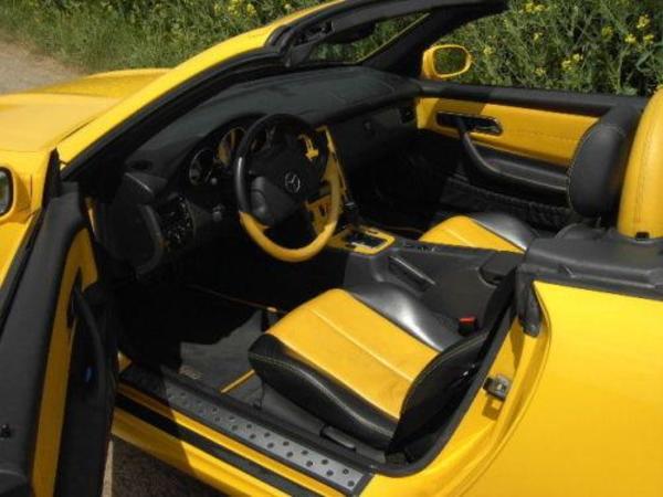 voiture mercedes benz slk 230 kompressor amg gelb bicolor occasion de 1998 pour 7500. Black Bedroom Furniture Sets. Home Design Ideas