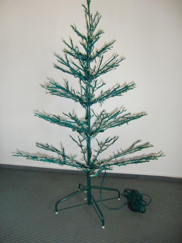 Foto hasslicher weihnachtsbaum