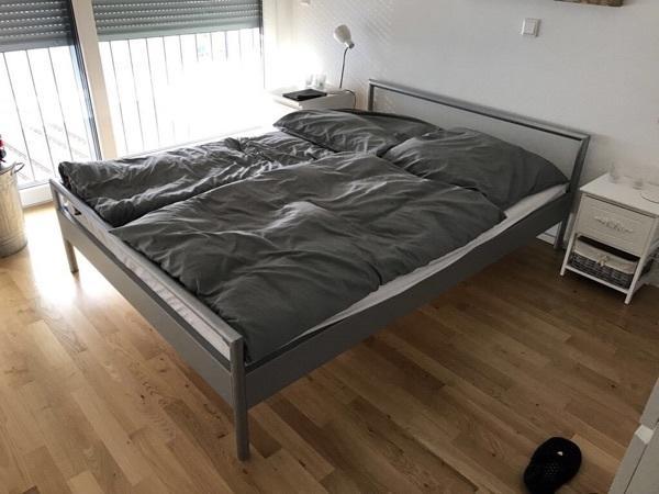 metallbett 140x200 inklusive lattenrost in mannheim betten kaufen und verkaufen ber private. Black Bedroom Furniture Sets. Home Design Ideas