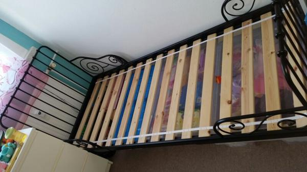 metallbett tagesbett ikea minnen tromsnes kinderbett in. Black Bedroom Furniture Sets. Home Design Ideas