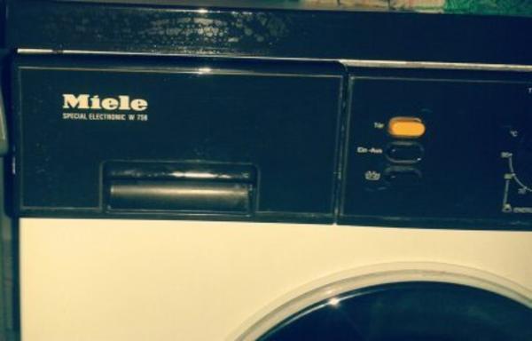 miele waschmaschine transport in mannheim. Black Bedroom Furniture Sets. Home Design Ideas