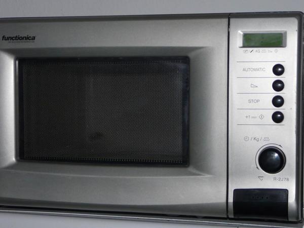 mikrowelle in darmstadt k chenherde grill mikrowelle kaufen und verkaufen ber private. Black Bedroom Furniture Sets. Home Design Ideas