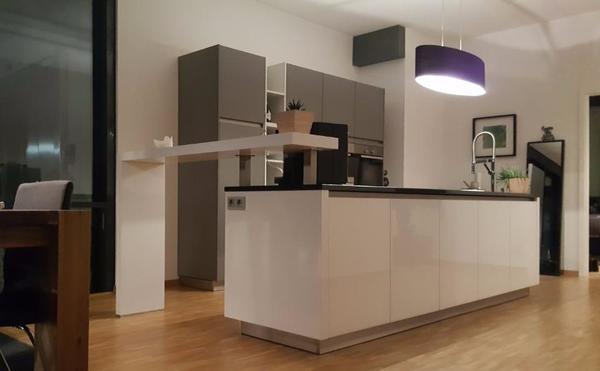 moderne inselk che systhema glasline biella wie neu 1 5. Black Bedroom Furniture Sets. Home Design Ideas