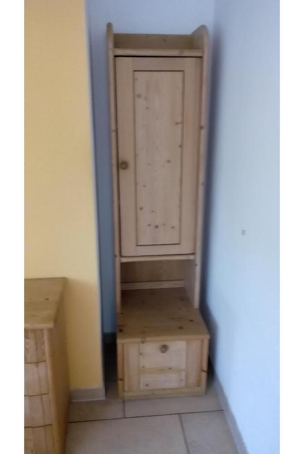 Wohnzimmerschrank Zu Verschenken ~ Möbel zu verschenken in Eichenau  Wohnzimmerschränke, Anbauwände