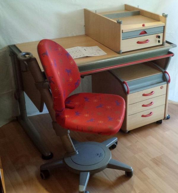 Moll schreibtisch winner mit rollcontainer und stuhl in for Jugendzimmer stuhl