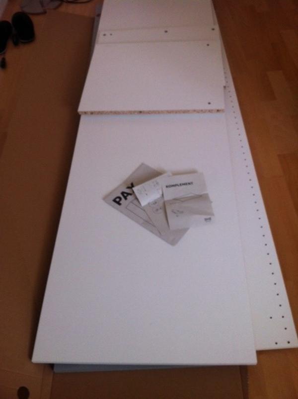 nagelneuer ikea pax schrank mit spiegelt r 50 cm in. Black Bedroom Furniture Sets. Home Design Ideas