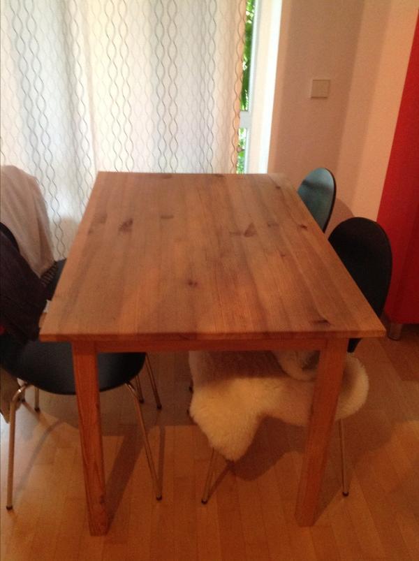 Naturholz tisch von m belum in m nchen k chenm bel for Tisch naturholz