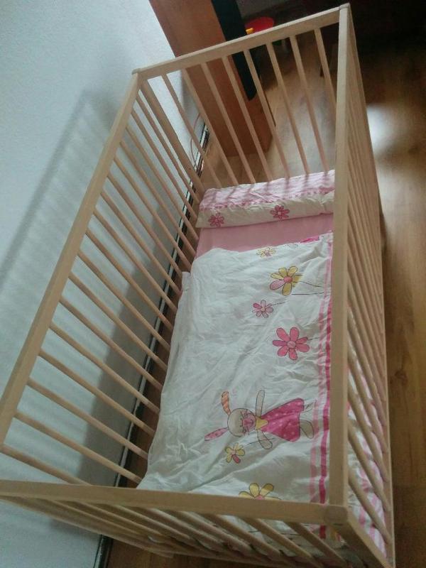 Ikea Hocker Für Schminktisch ~   von Ikea  Der Bettboden kann in zwei Höhen montiert werden Das ro