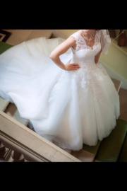 Neuwertiges Brautkleid in